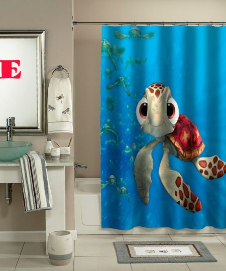squirt Finding Nemo shower curtain
